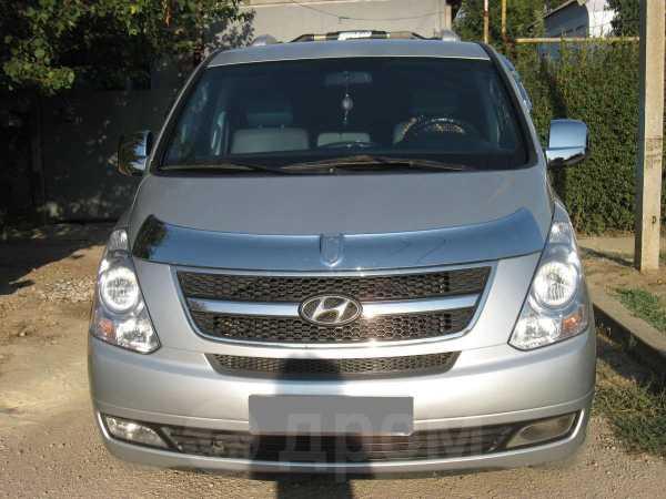 Hyundai Grand Starex, 2010 год, 980 000 руб.