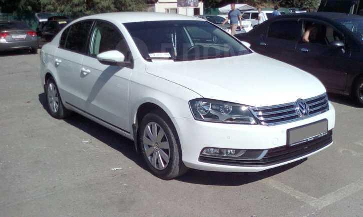 Volkswagen Passat, 2011 год, 739 000 руб.