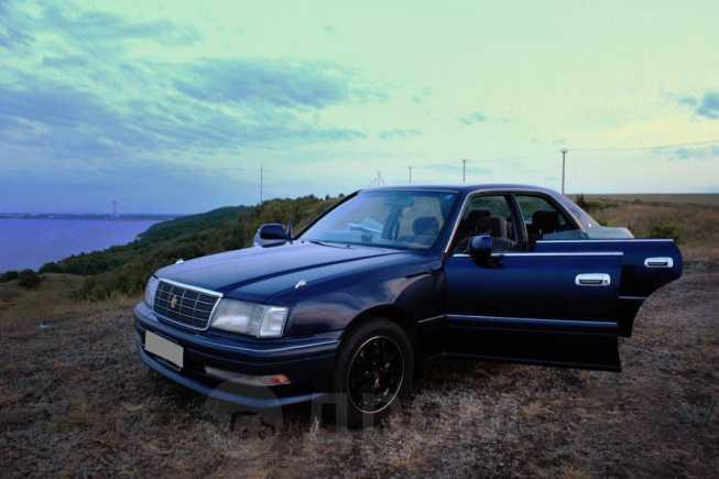 Toyota Crown, 1997 год, 299 999 руб.
