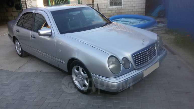 Mercedes-Benz E-Class, 1996 год, 330 000 руб.