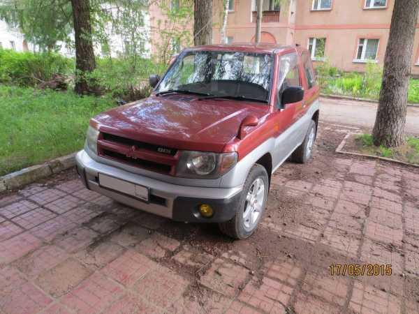 Mitsubishi Pajero iO, 1998 год, 245 000 руб.