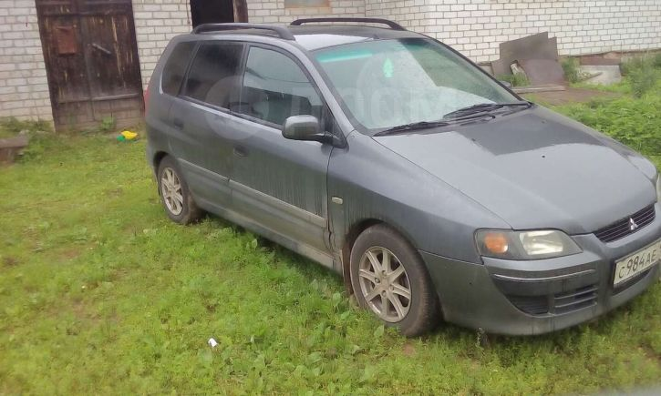 Mitsubishi Space Star, 2003 год, 160 000 руб.