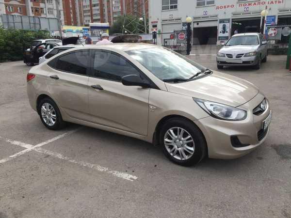 Hyundai Solaris, 2011 год, 423 000 руб.