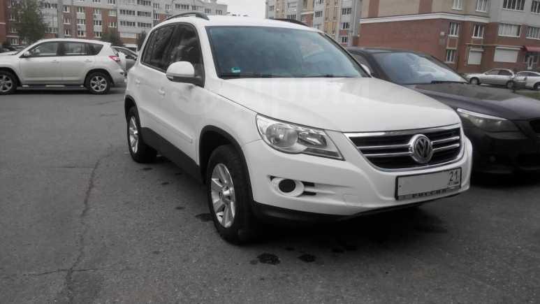Volkswagen Tiguan, 2008 год, 700 000 руб.