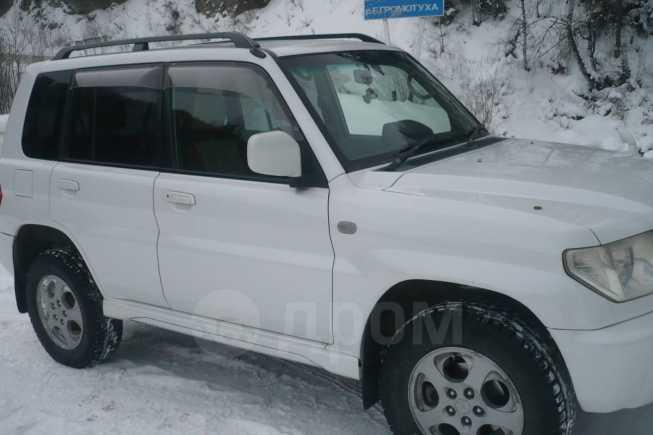 Mitsubishi Pajero iO, 2003 год, 400 000 руб.