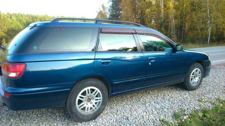 Nissan Avenir, 2002 год, 170 000 руб.