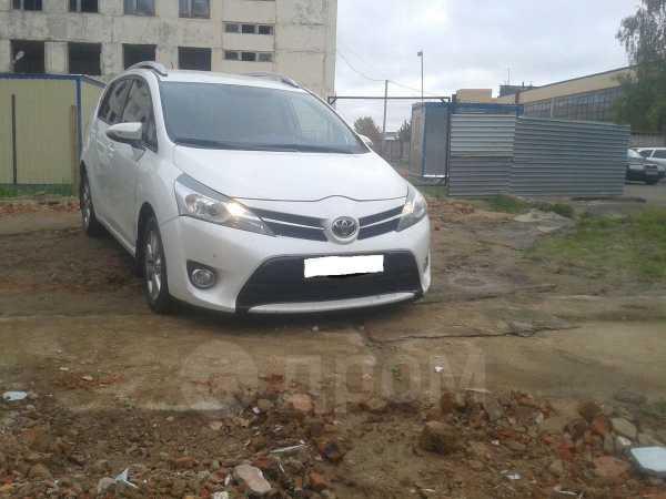Toyota Verso, 2014 год, 890 000 руб.