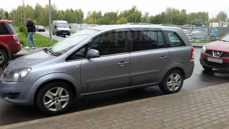 Opel Zafira, 2011 год, 500 000 руб.