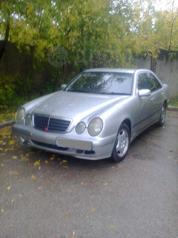 Mercedes-Benz E-Class, 2001 год, 330 000 руб.