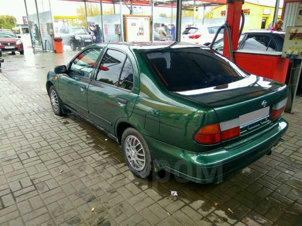 Nissan Almera, 1998 год, 135 000 руб.