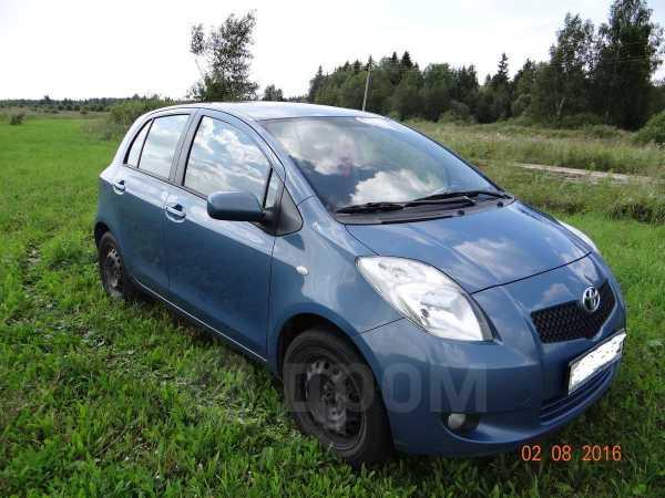 Toyota Yaris, 2008 год, 330 000 руб.