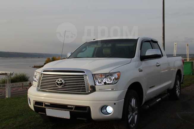 Toyota Tundra, 2011 год, 1 990 000 руб.