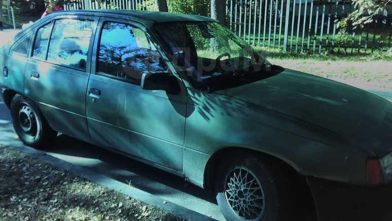 Opel Kadett, 1985 год, 15 000 руб.