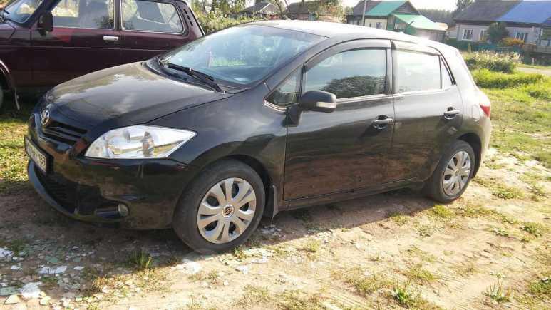 Toyota Auris, 2011 год, 560 000 руб.