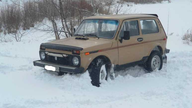 Лада 4x4 2121 Нива, 1979 год, 90 000 руб.