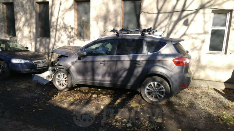 Ford Kuga, 2012 год, 600 000 руб.