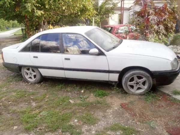 Opel Omega, 1987 год, 25 000 руб.