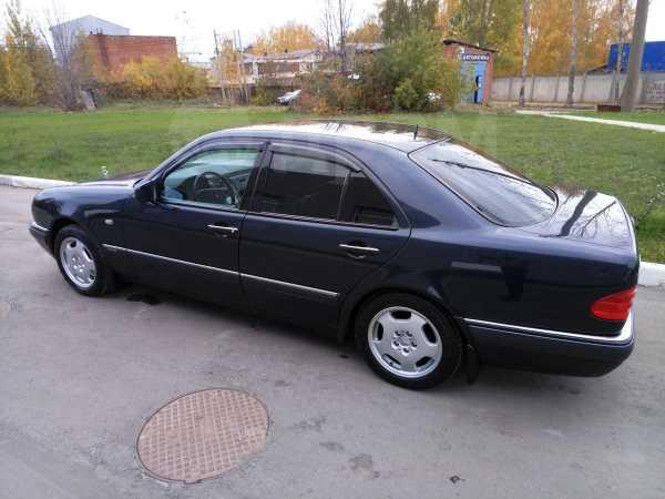 Mercedes-Benz E-Class, 1997 год, 600 000 руб.