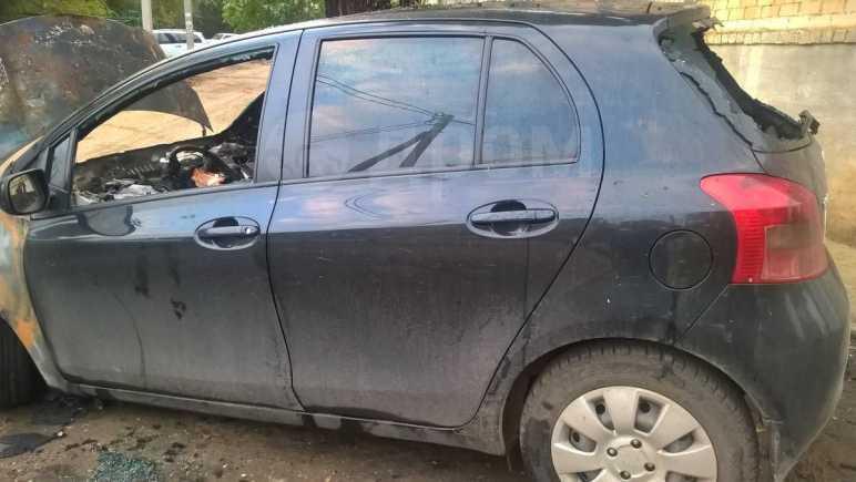 Toyota Yaris, 2006 год, 45 000 руб.