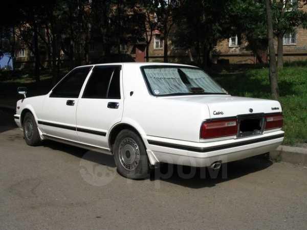 Nissan Cedric, 2000 год, 700 000 руб.