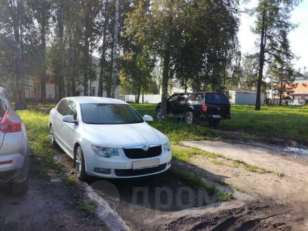 Skoda Superb, 2012 год, 850 000 руб.