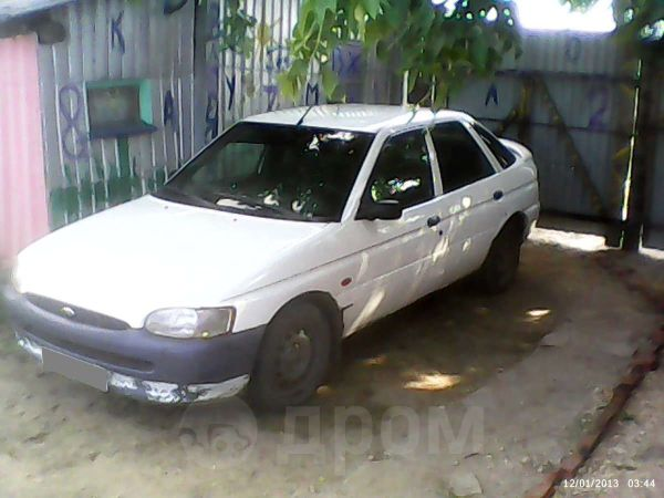 Ford Escort, 1999 год, 75 000 руб.