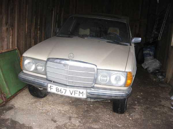 Mercedes-Benz E-Class, 1980 год, 40 000 руб.