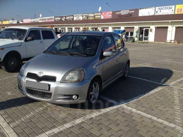Toyota Yaris, 2001 год, 245 000 руб.