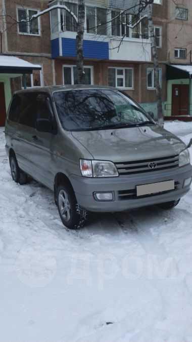 Toyota Town Ace Noah, 1997 год, 360 000 руб.