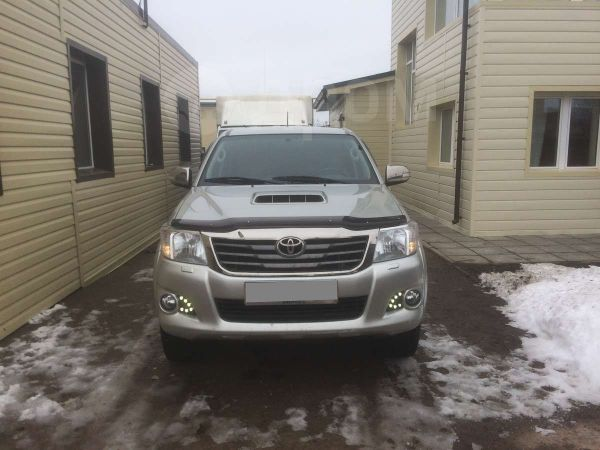 Toyota Hilux Pick Up, 2013 год, 1 500 000 руб.
