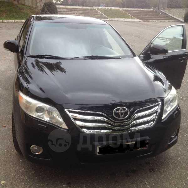 Toyota Camry, 2010 год, 740 000 руб.