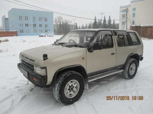 Nissan Terrano, 1992 год, 210 000 руб.