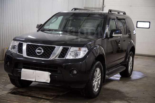 Nissan Pathfinder, 2010 год, 1 070 000 руб.