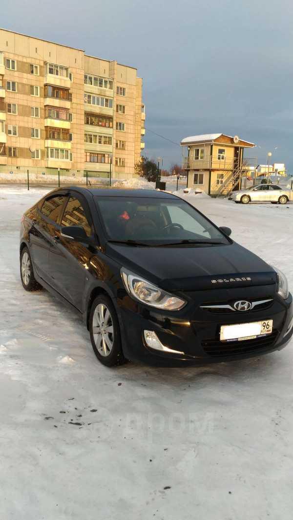 Hyundai Solaris, 2011 год, 445 000 руб.