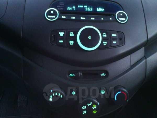 Chevrolet Spark, 2014 год, 277 000 руб.