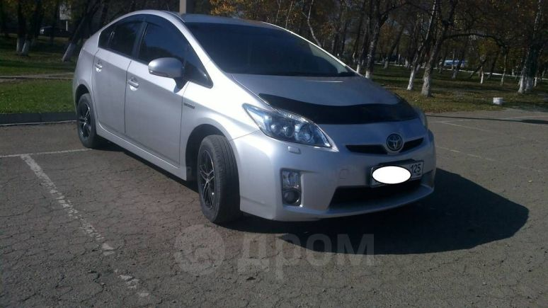 Toyota Prius, 2010 год, 690 000 руб.