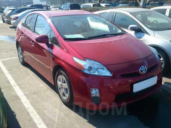 Toyota Prius, 2010 год, 740 000 руб.