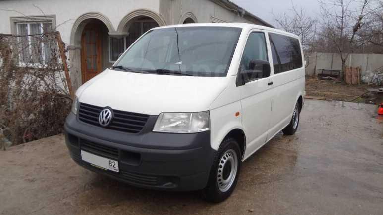 Volkswagen Transporter, 2005 год, 700 000 руб.