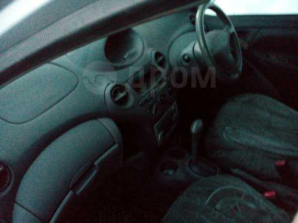 Toyota Vitz, 2001 год, 159 000 руб.