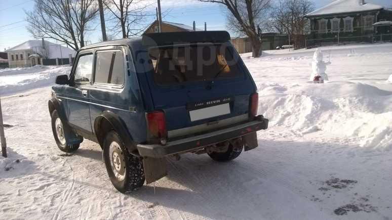 Лада 4x4 2121 Нива, 2001 год, 110 000 руб.