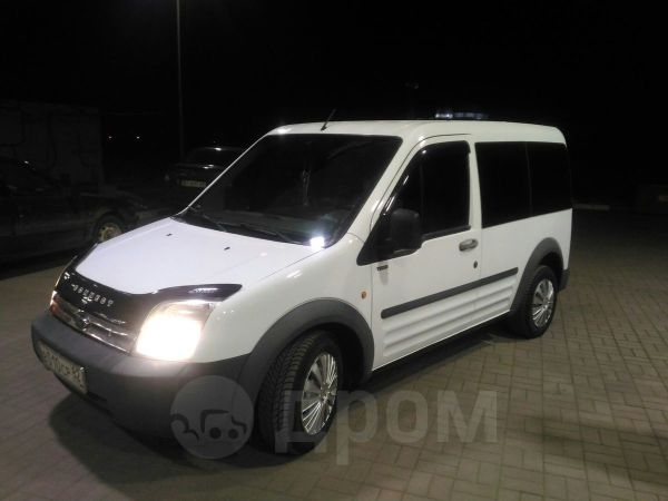 Ford Tourneo Connect, 2006 год, 370 000 руб.