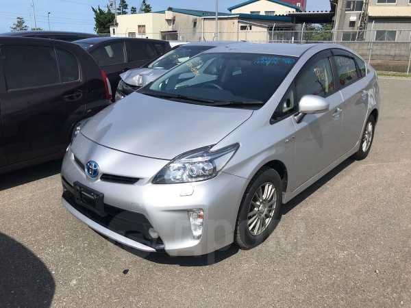 Toyota Prius, 2013 год, 899 999 руб.