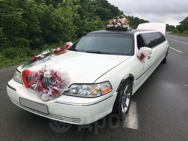 Lincoln Town Car, 2004 год, 500 000 руб.