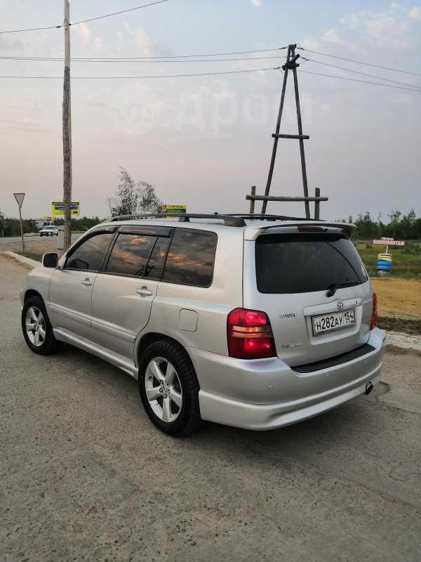 Toyota Highlander, 2001 год, 550 000 руб.