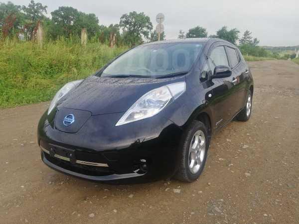 Nissan Leaf, 2011 год, 348 000 руб.