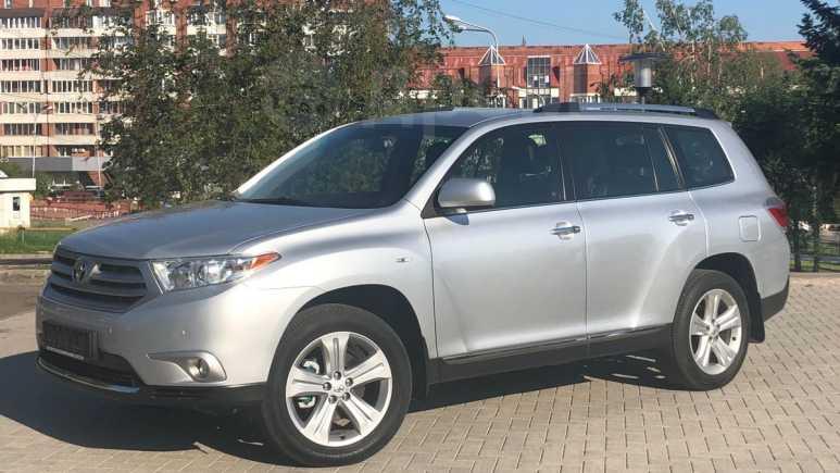 Toyota Highlander, 2013 год, 1 635 000 руб.
