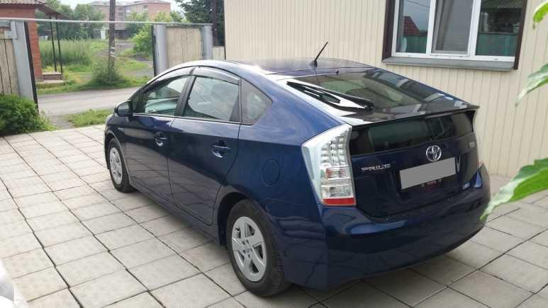 Toyota Prius, 2011 год, 800 000 руб.
