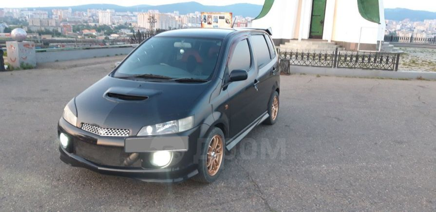 Daihatsu YRV, 2000 год, 300 000 руб.
