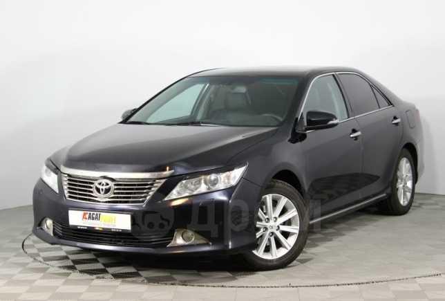 Toyota Camry, 2012 год, 765 000 руб.