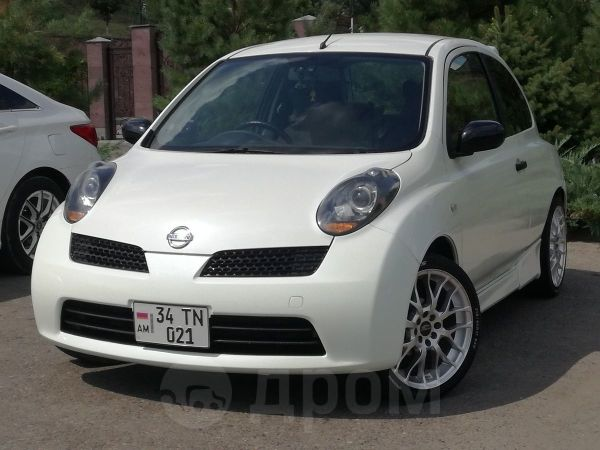 Nissan March, 2004 год, 245 000 руб.